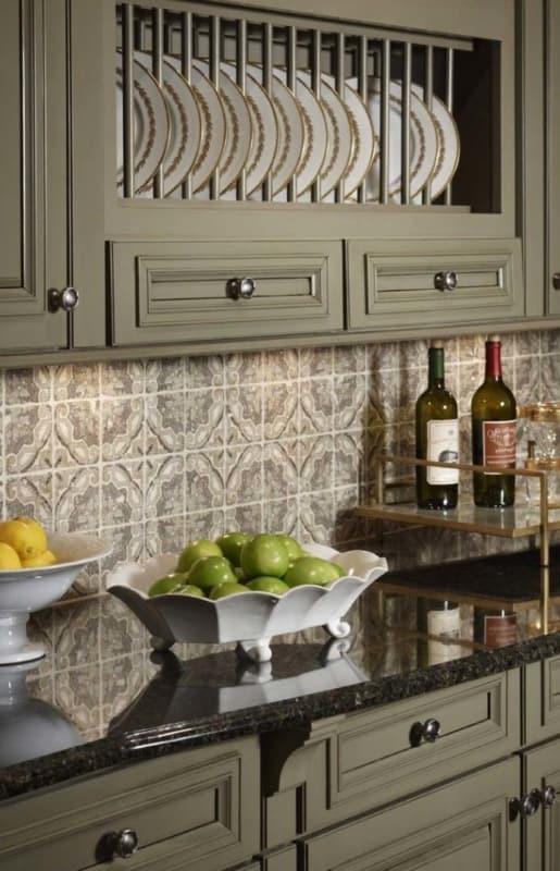 Cozinha decorada com Granito Verde Ubatuba