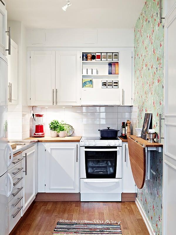 Cozinha pequena decorada com Fogão de Embutir