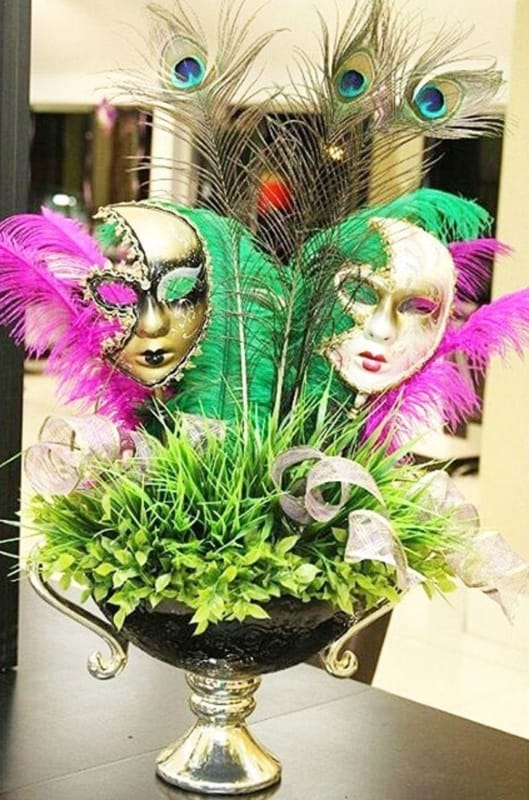 Decoração de Carnaval em casa com máscaras6