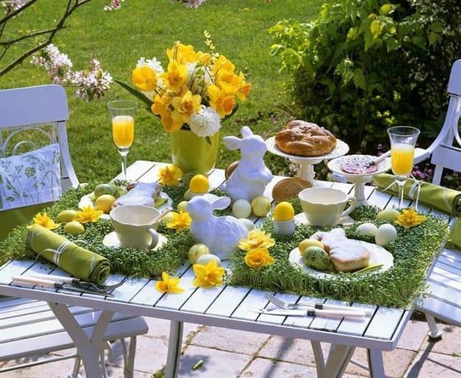 Decoração de mesa ao ar livre de páscoa