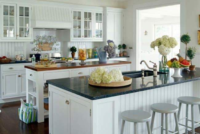Granito Verde Ubatuba em cozinha grande