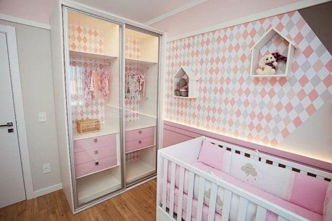 Guarda roupa planejado para bebê menina