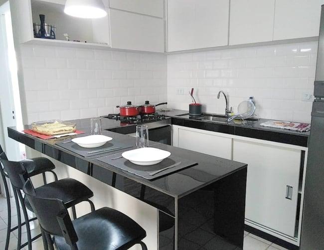 Ideia para quem quer reformar a cozinha pequena