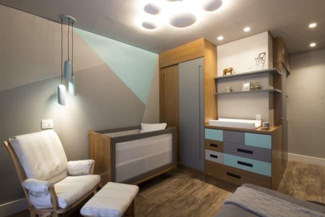 Inspiração de quarto de bebê planejado para menino