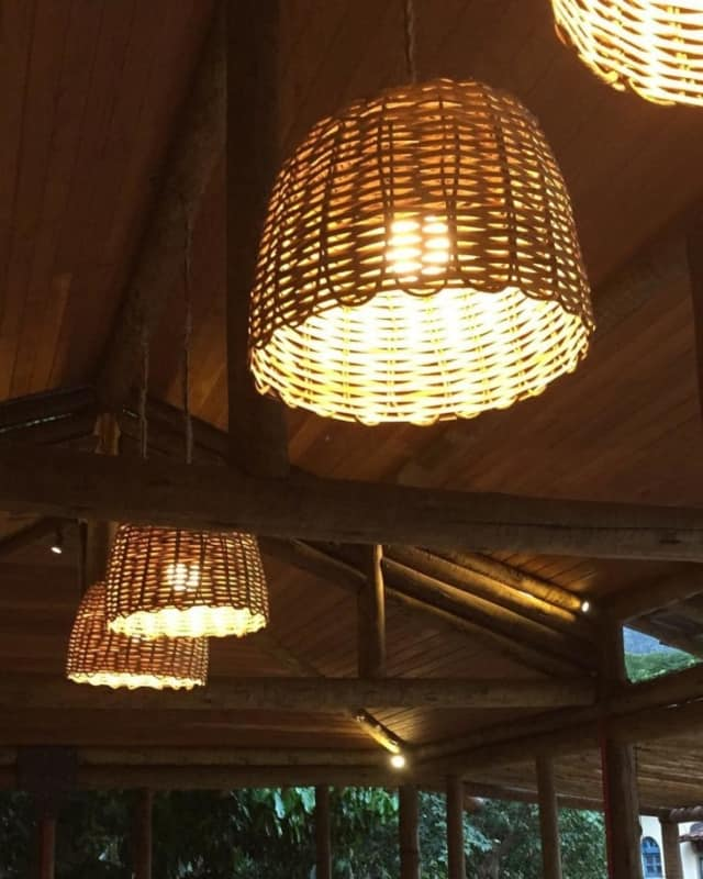 Lustre Artesanal de bambu