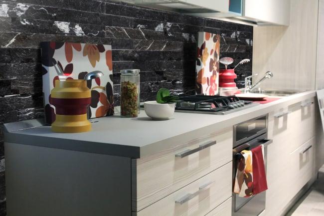 Mármore Preto na cozinha decorada