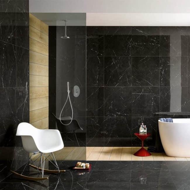 Mármore Preto nero no banheiro
