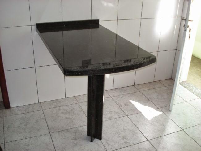 Mesa compacta de Granito Verde Ubatuba