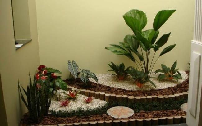 Modelo de jardim de inverno com palmeira leque