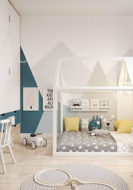 Papel contact na parede do quarto de bebê
