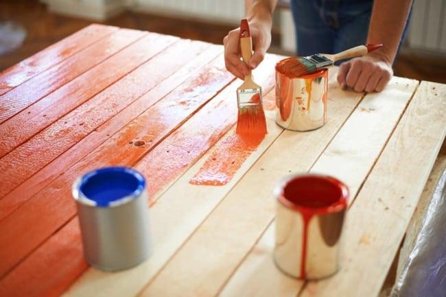 Passo a passo para pintar madeira