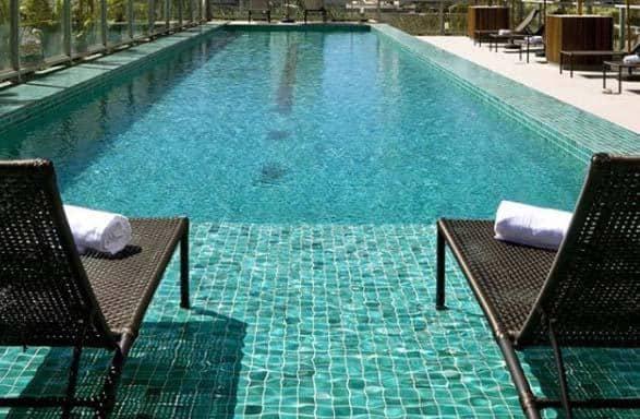Pastilhas verdes para piscina