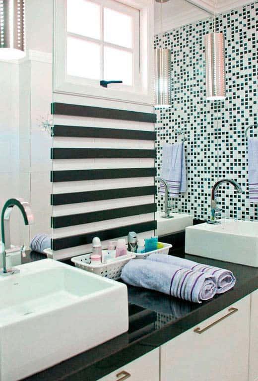 banheiro com Granito Verde Ubatuba