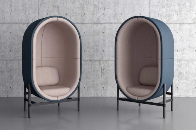 cadeiras diferentes base de metal