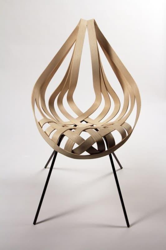 cadeiras diferentes de madeira