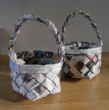 cesta de jornal com alça