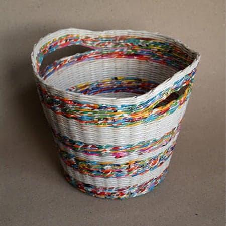 cesta de jornal comprida