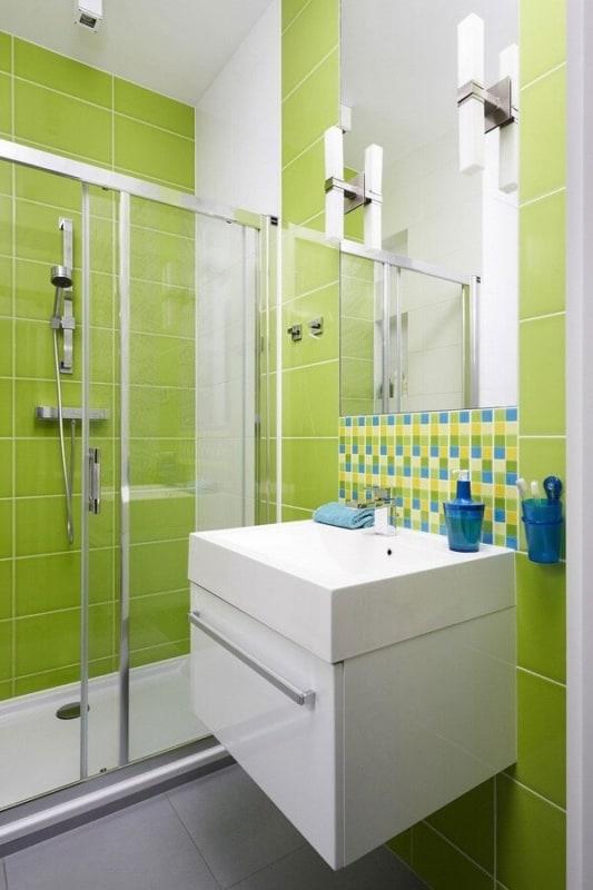 como pintar azulejo de banheiro