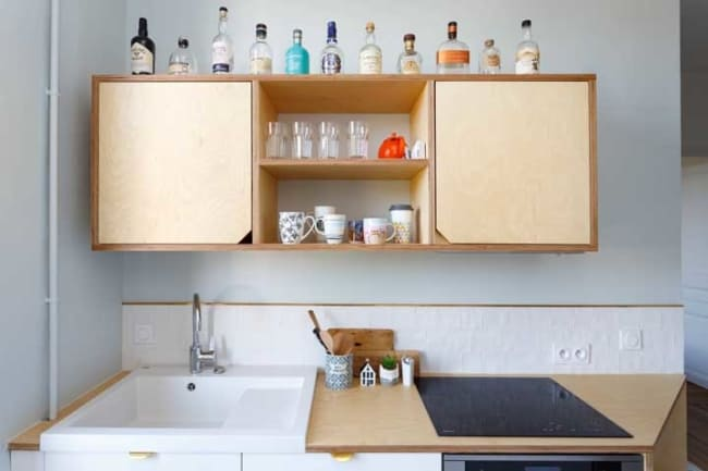 cozinha com azulejo branco pintado