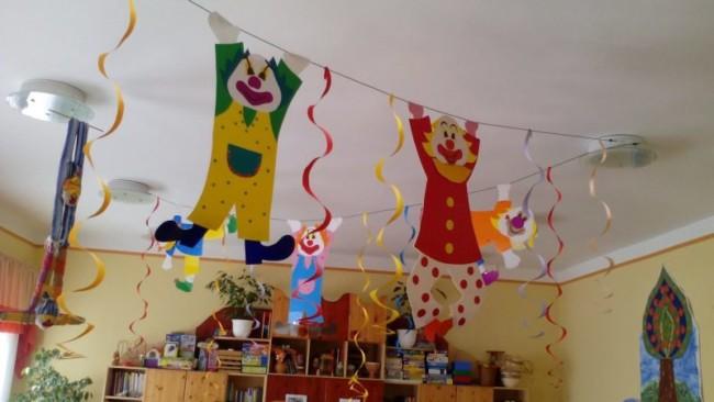 enfeites de carnaval para escola 47