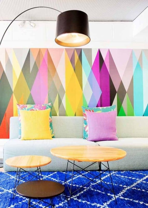sala com contact colorido