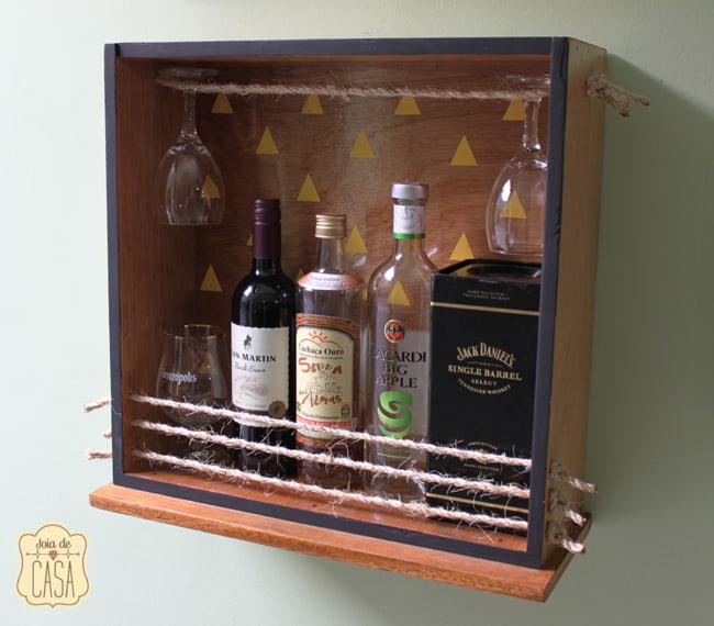 mini bar com nicho de madeira