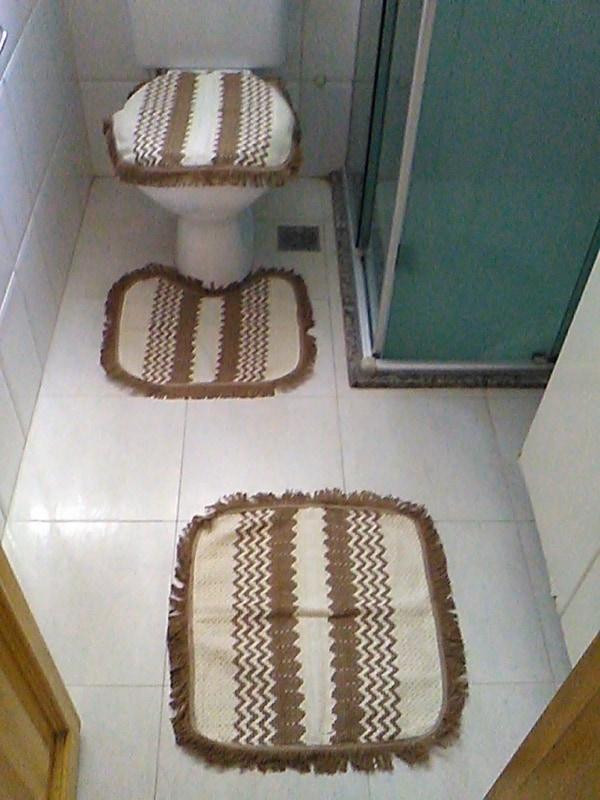 conjunto de banheiro com 3 peças