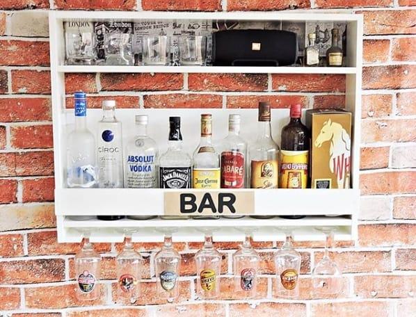 mini bar branco de parede