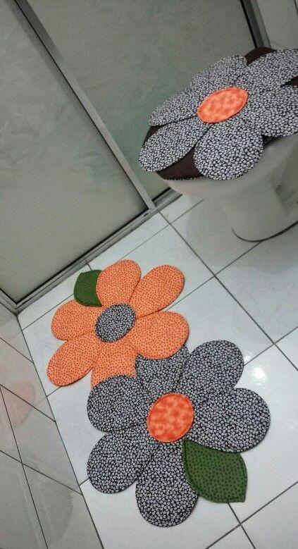 jogo de banheiro em patchwork com flores