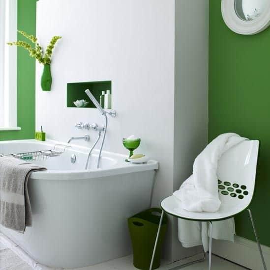 Banheiro decor greenery
