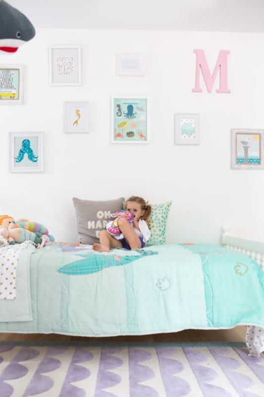 Decoração com quadros em quartos infantis é dica certeira