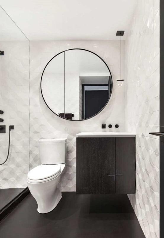 Decoração moderna preta e branca para banheiro