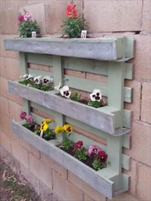 Floreira de paletes para parede cinza19