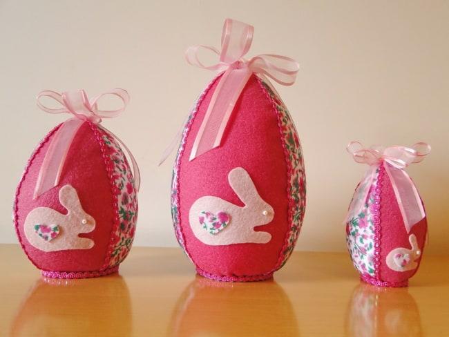 Os ovos de Páscoa de chocolate podem ser embalados com feltro