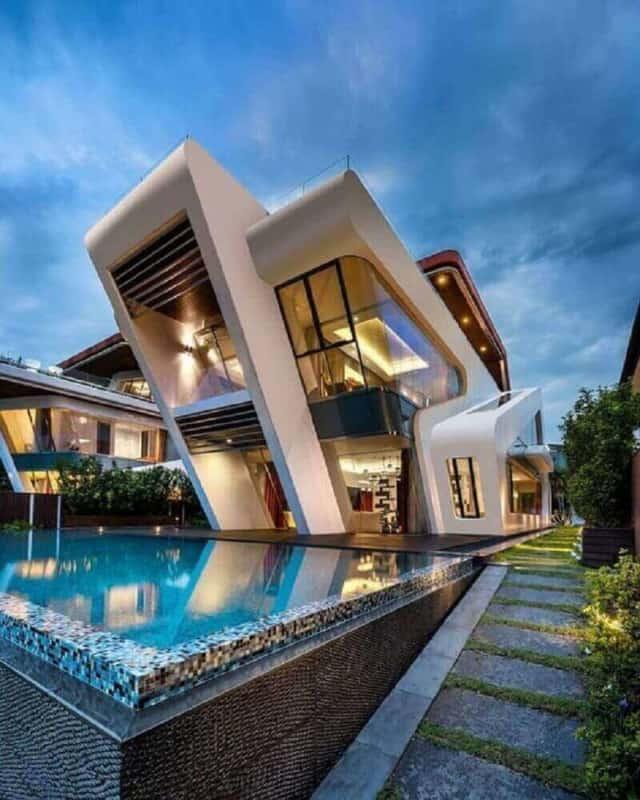 Projeto de mansão com arquitetura moderna