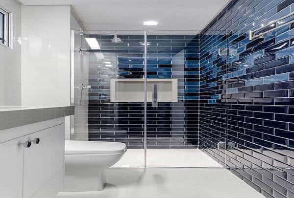 Revestimento de parede para banheiro com cerâmica preta55