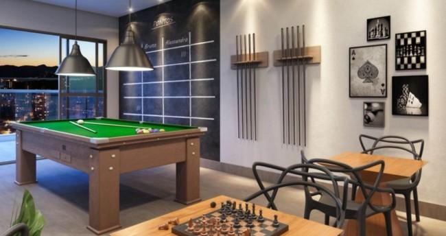 Sala de jogos completa em mansão de luxo