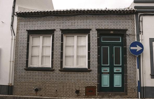 casa com cerâmica