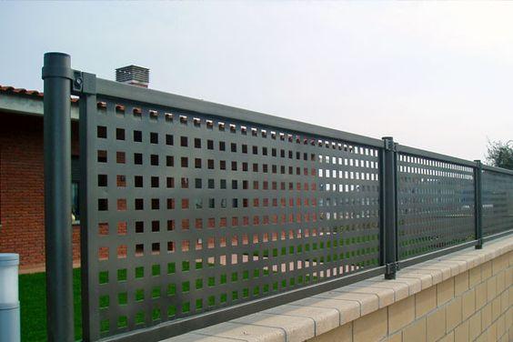 Grade quadriculada em metalon