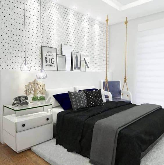quarto decorado em preto e branco