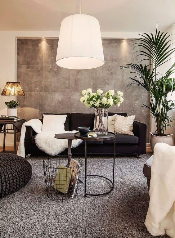 sala decorada em preto e cinza