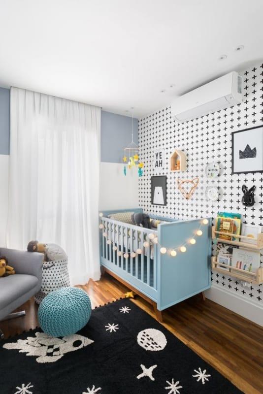 berço azul na decoração de quarto de bebê