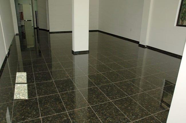 piso em granito verde ubatuba