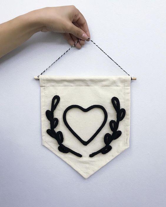 flâmula decorativa de tricotin