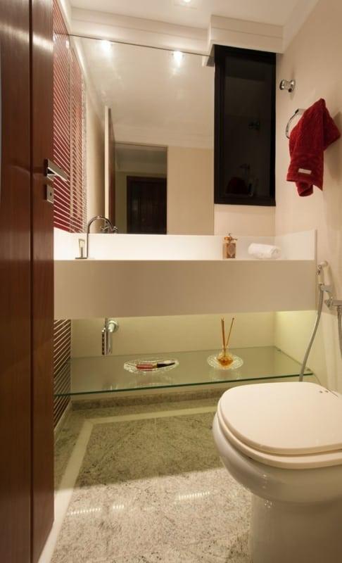 lavabo moderno com bancada branca de silestone