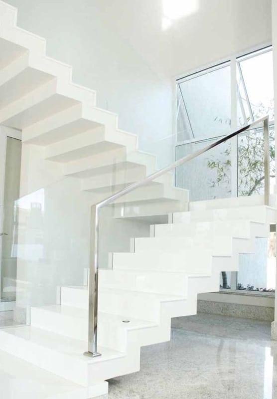 escada clean de silestone