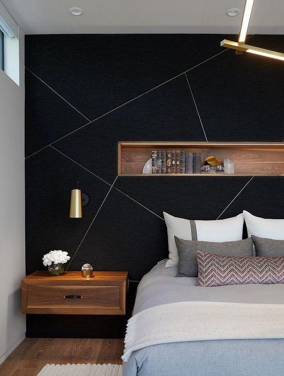 quarto de casal com parede preta