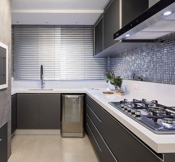 bancada de cozinha com silestone blanco maple