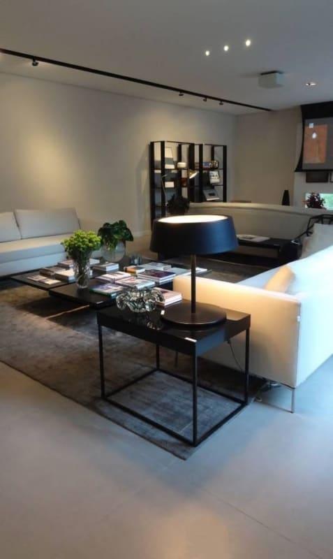 sala moderna com porcelanato acetinado cinza