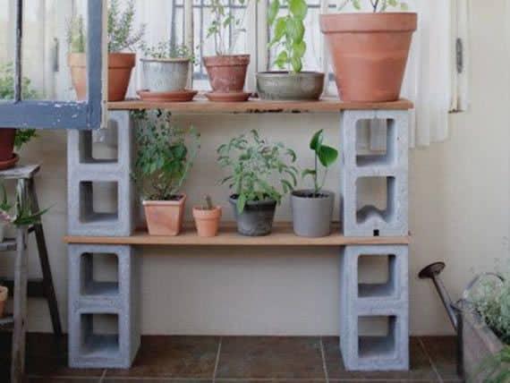 Blocos de concreto para criar um jardim alternativo